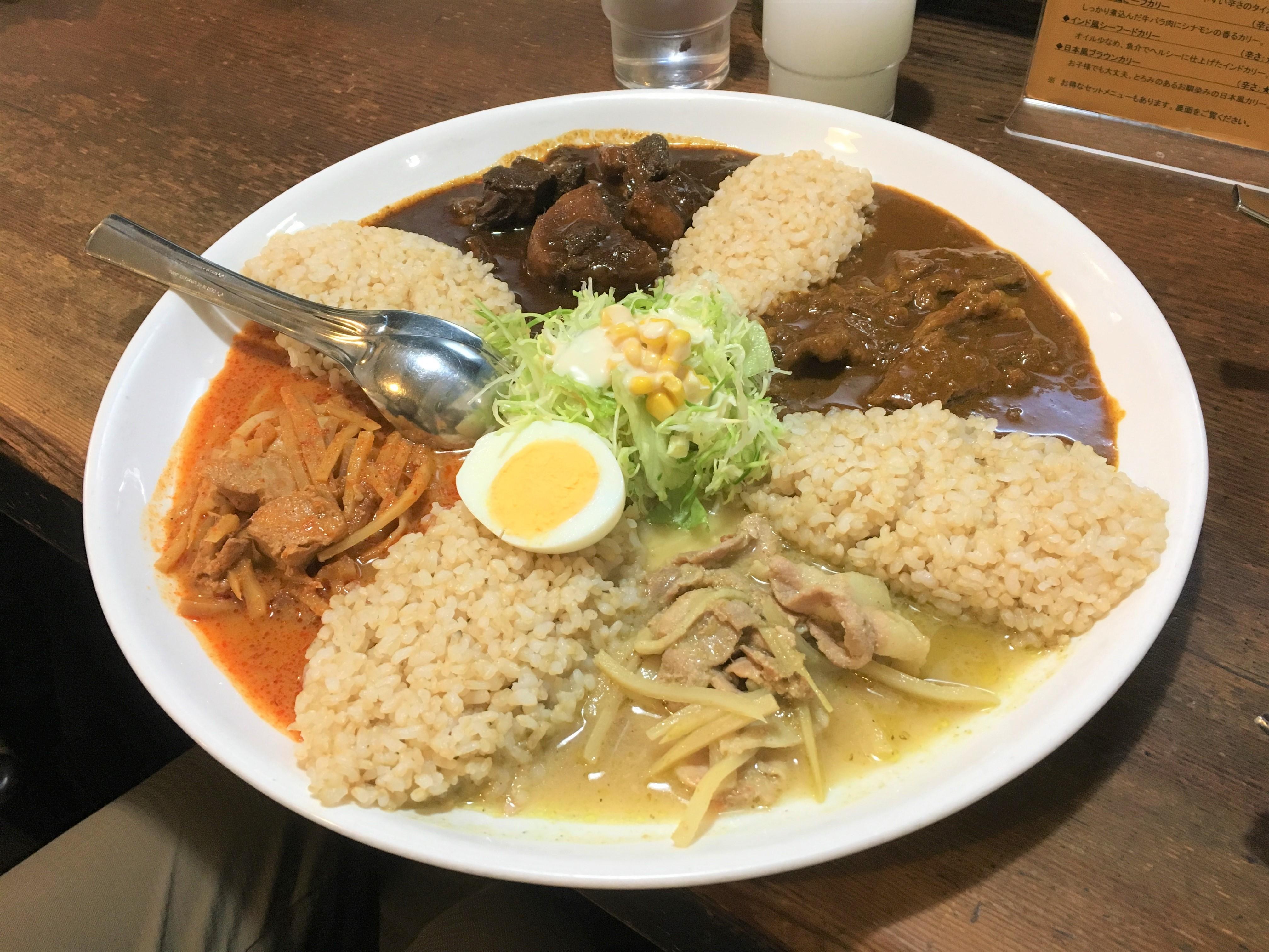 「エスニックカリー メーヤウ」松本市|タイやインドなど多国籍な本格カレーが美味しい。
